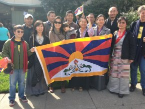 Bay Area Tibetans at the University of San Francisco gather to hear Daw Aung San Suu Kyi speak.
